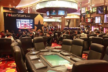扑克室1.jpg
