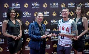 Lorie Lagrosas presents Florencio Campomanes with a Platinum Pass.jpg